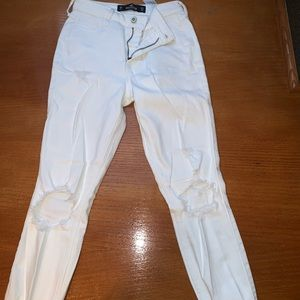 Euc Hollister high rise white jeans